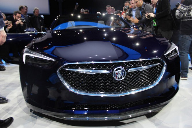 Buick unveiled the 400-hp, rear-wheel-drive Avista concept coupe Jan. 10 in Detroit ahead of the 2016 North American International Auto Show.