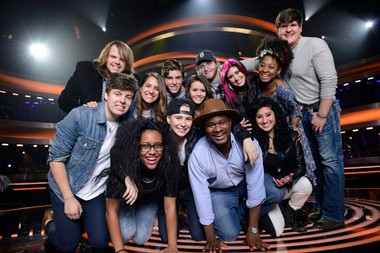 The top 13 contestants from American Idol XIII.