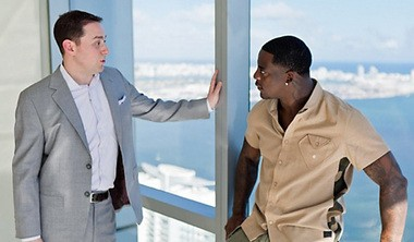 """Birmingham resident Jason Abrams (left) is the star of a new reality show on HGTV called """"Scoring the Deal."""" He's pictured here with ex-NFL running back Clinton Portis."""