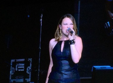 Abi Ann performs at DTE Energy Music Theatre on July 26, 2015, opening for Kelly Clarkson