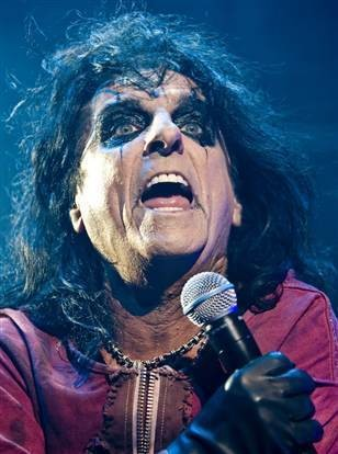 Shock rocker Alice Cooper, a Detroit native, appears to have plans to tour with Marilyn Manson this year.