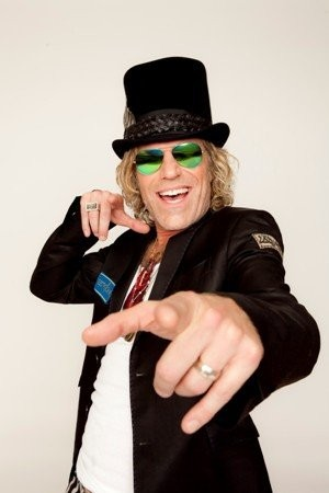 Big Kenny of Big & Rich will join pal John Rich for a halftime show Friday night at The Palace of Auburn Hills during the Detroit Pistons-Atlanta Hawks game.