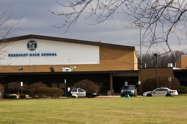 Genesee County sheriff, Genesee Township Police and Michigan State Police respond to Kearsley High School after reports of a bomb threat came in on Thursday afternoon, Dec. 5, 2013. Zack Wittman | MLive.com