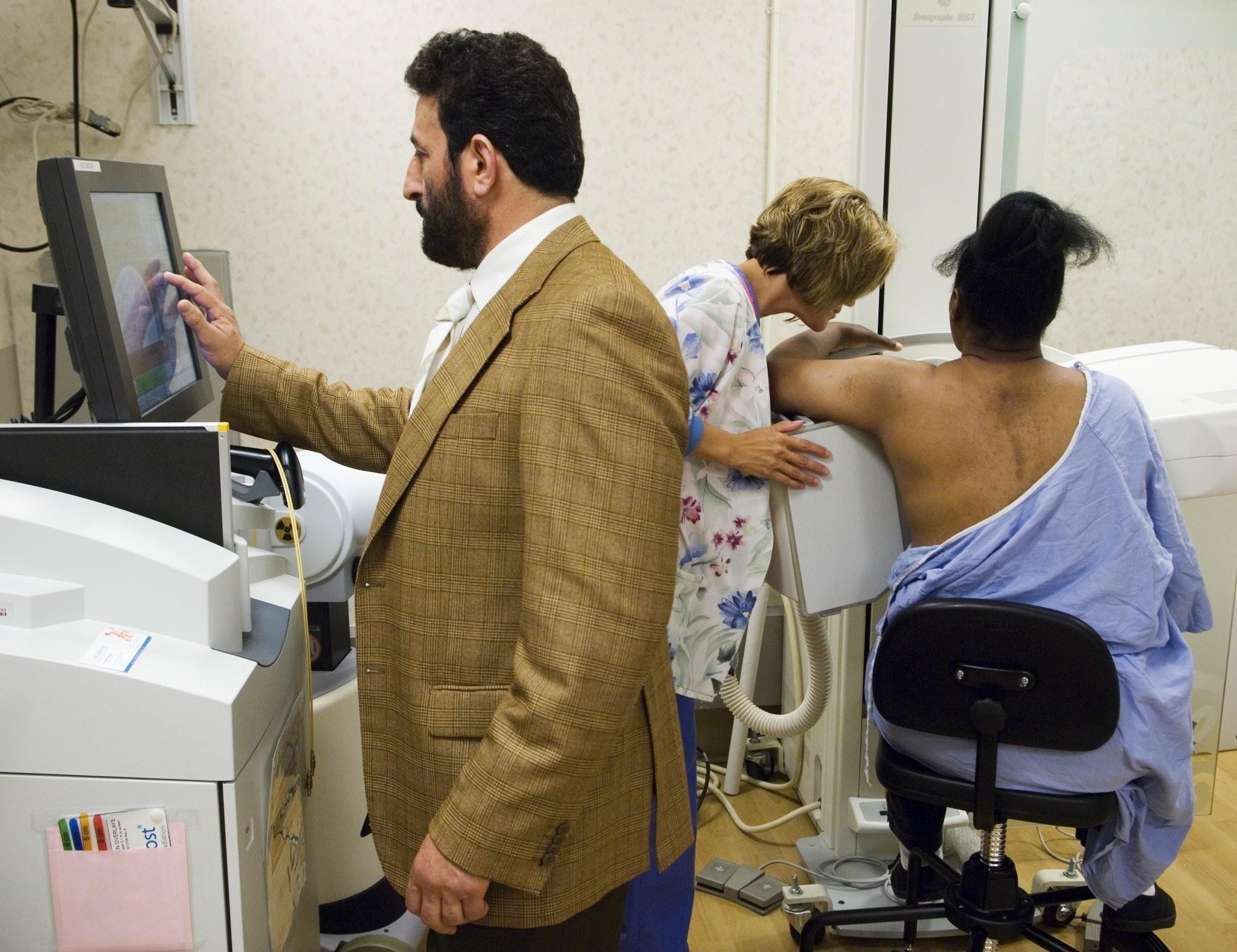 Genesys Hurley Cancer Institute Holds Kidney Cancer Support Group Mlive Com
