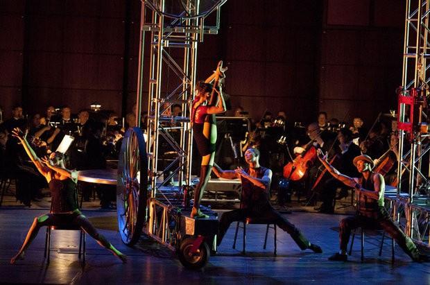 Cirque Mechanics with the Grand Rapids Symphony
