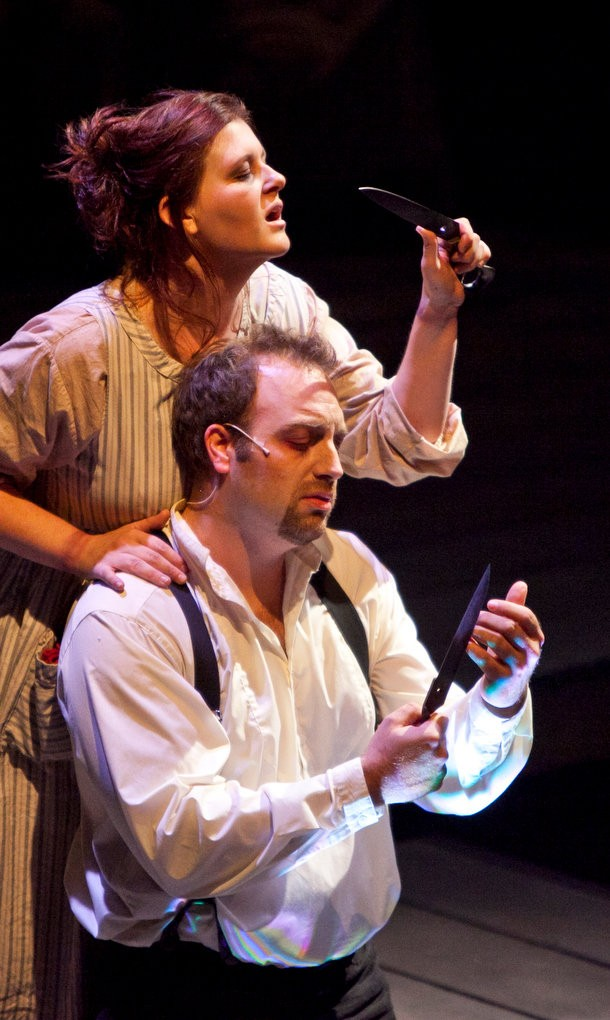 Review: 'Sweeney Todd' at Circle Theatre is riveting, strong