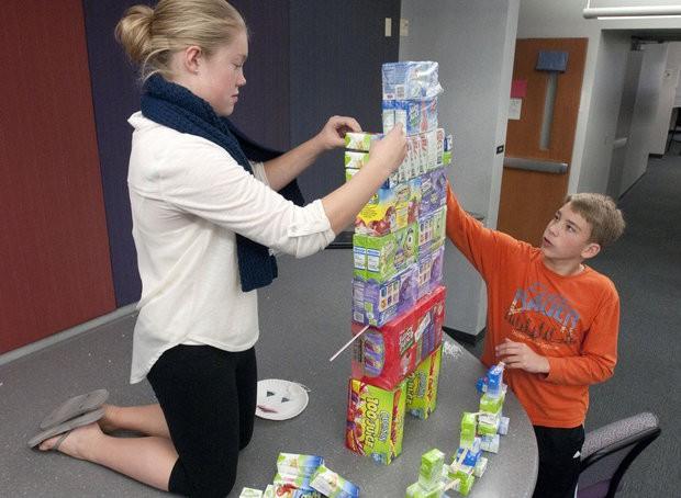 FHE kids make juice box robots for Kids Food Basket