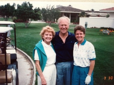 LPGA Pro Sue Ertl was able to meet President and Mrs. Ford.