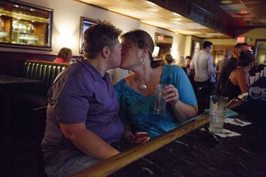 Sharon stone lesbian clip