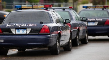 Grand Rapids police are investigating report of armed robbery at a Shell gas station.