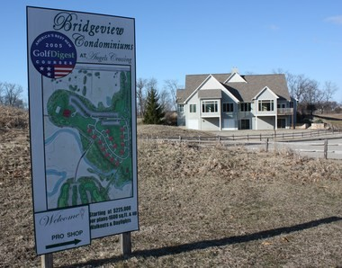 The Bridgeview condos project next to the Angels Crossing Golf Club will resume following an agreement between the village of Vicksburg and the developer, American Villaqe Development.