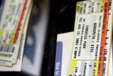 Michigan House moves to legalize ticket scalping over objections