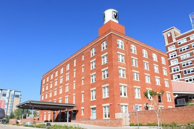 The NYLO Dallas South Side boutique hotel was redeveloped using EB-5 investments.