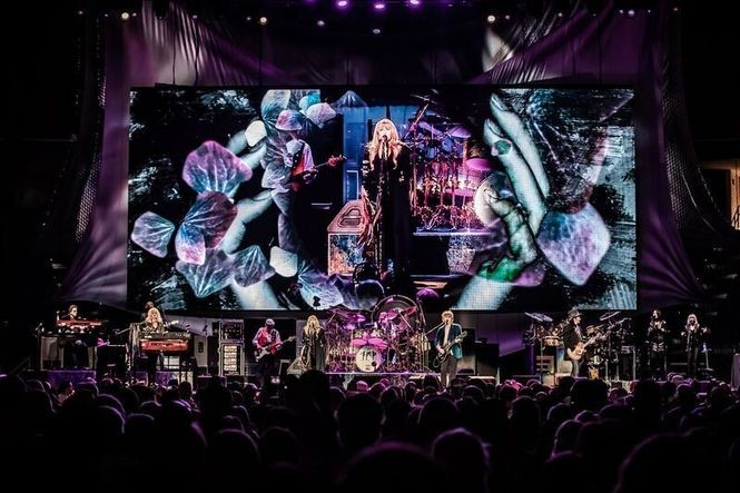 Fleetwood Mac in Detroit: How they were without Lindsey Buckingham