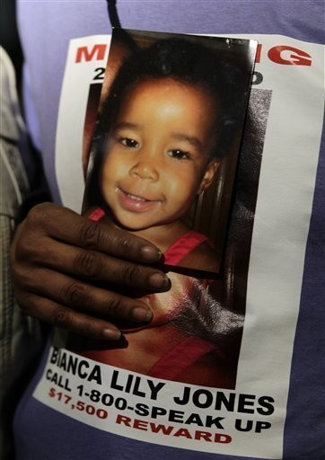 Years after father convicted in 2-year-old's murder, mom