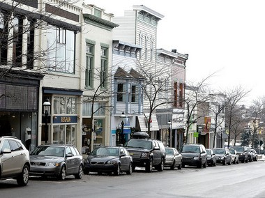 The streets of downtown Petoskey are packed with boutiques, coffee shops, restaurants and other businesses, many catering to the area's tourists. (Bridge photo by John Russell)