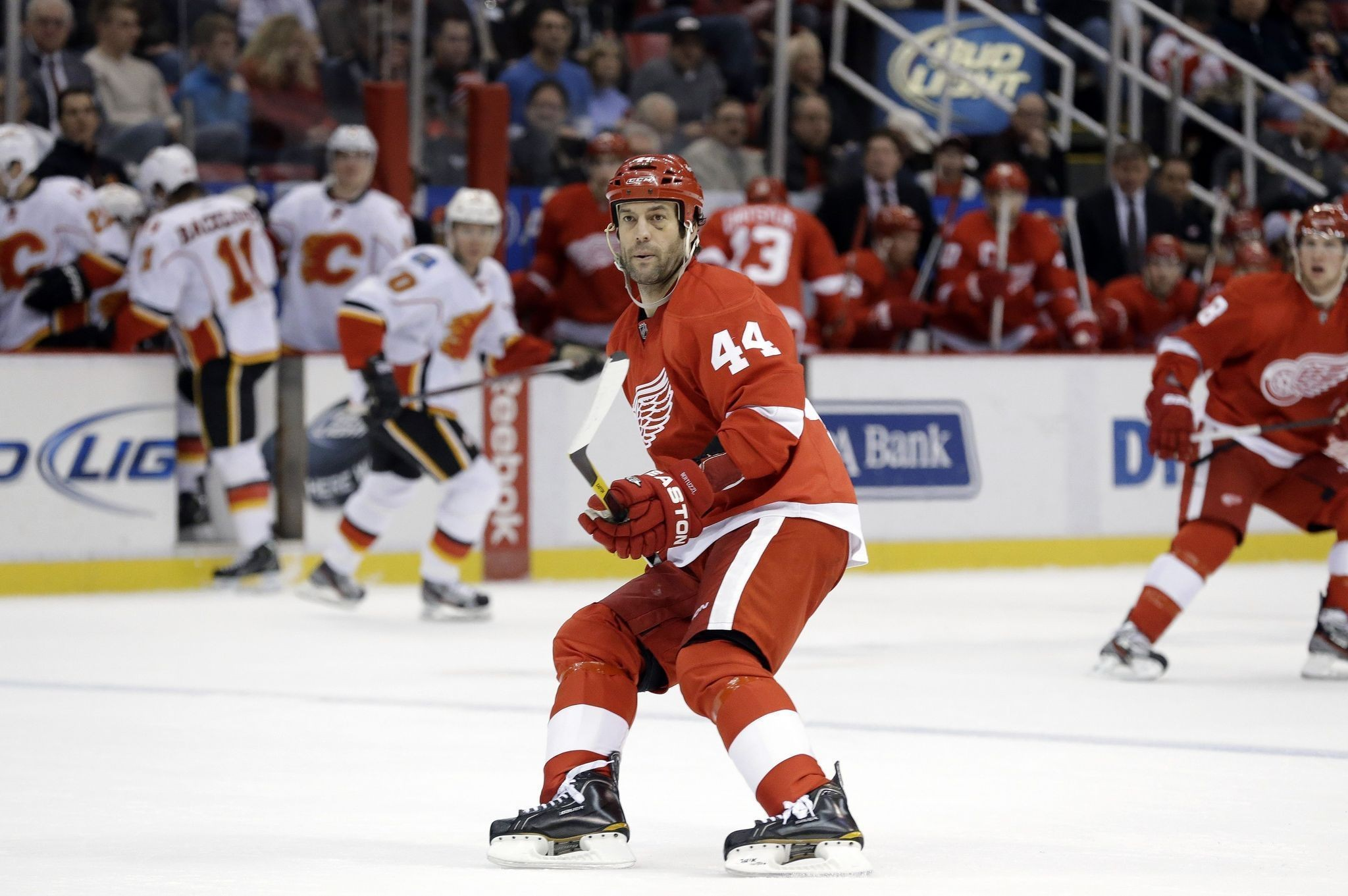 Red Wings' Todd Bertuzzi happy to be back on the road with the ...
