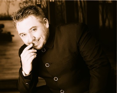 Noel Leaman joins Dan Louisell in Cool 2 Duel, a series of dueling piano nights kicking off Wednesday, Feb. 26, at the Temple Theatre's Leopard Lounge in Saginaw.