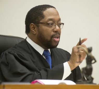 Saginaw County Circuit Judge Darnell Jackson makes specific instructions to the attorneys during an Oct. 14, 2014, motion hearing for Michael D. Lawrence before the start of Lawrence's trial.