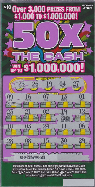 Saginaw County mother of 3 wins $250,000 on scratch-off