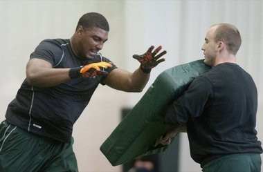 Former Michigan State tight end Dion Sims shows off his versatility at the Spartans' NFL Pro Day combine on Wednesday at the Duffy Daugherty Football Building in East Lansing.
