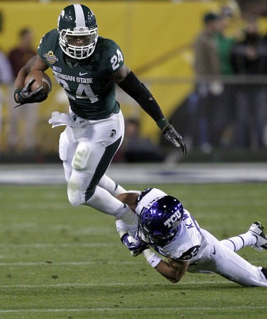 Former Michigan State tailback Le'Veon Bell rushed for 145 yards and a touchdown on 32 carries in his final game with the Spartans, a 17-16 Buffalo Wild Wings bowl win over TCU, but one former NFL executive points out he had trouble on outside runs, as shown here.