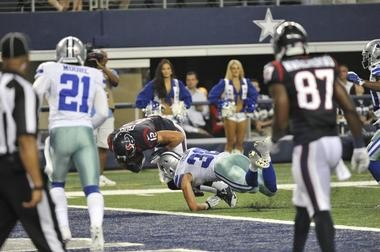 f77a2e3c451 SVSU alum Jeff Heath makes a tackle in the Dallas Cowboys preseason finale  against the Houston