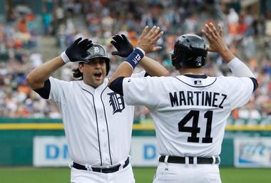 The Arizona Diamondbacks have claimed outfielder Matt Tuiasosopo off waivers from the Detroit Tigers.