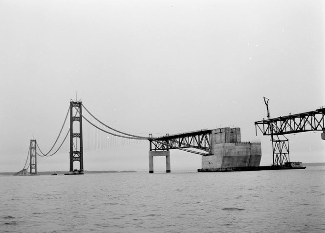 Vintage film shows the miracle of the Mackinac Bridge's