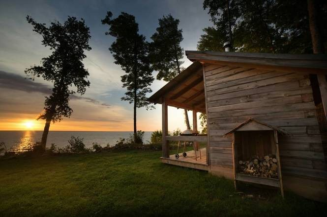 11 waterfront Michigan cabins to book now for the best