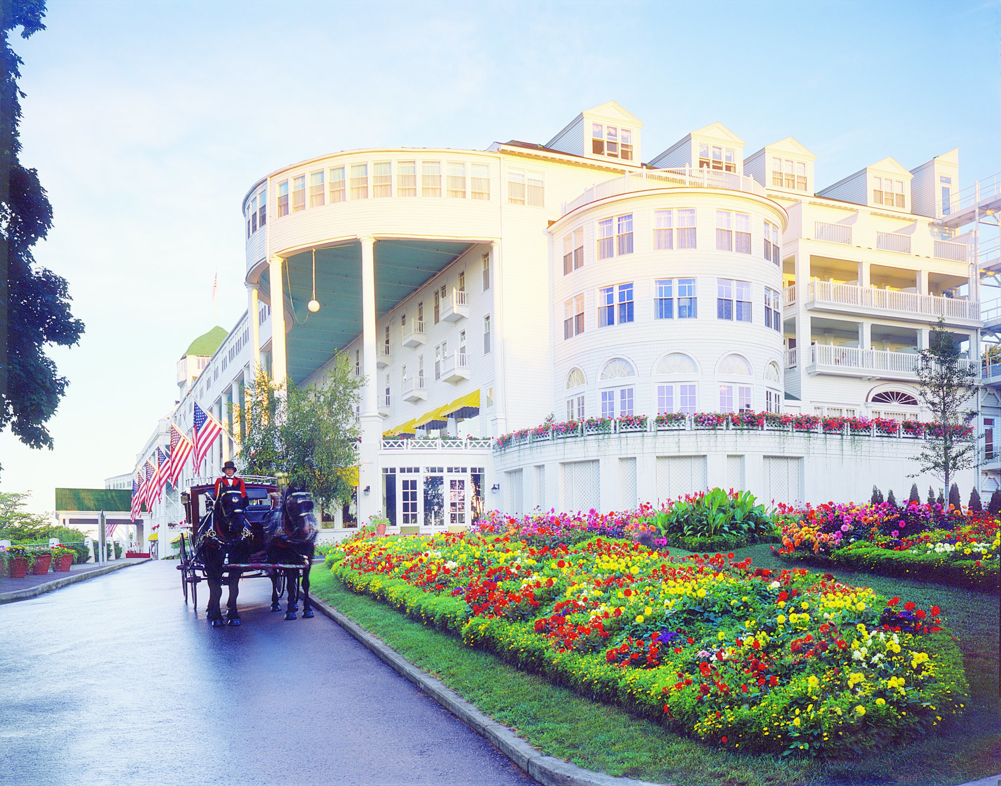 Grand Hotel Offers Special Room Rates To Celebrate Michigan Mlive Com