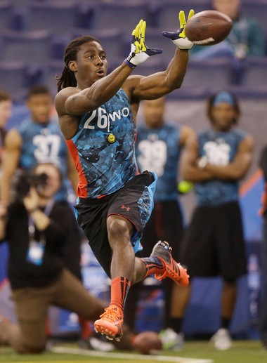 "Denard Robinson was asked some peculiar questions at the combine -- including whether he has a ""real girlfriend."""