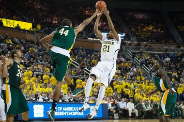 Michigan guard Zak Irvin was named Big Ten freshman of the week on Monday after scoring 24 points in U-M's 87-45 win over Coppin State on Friday.