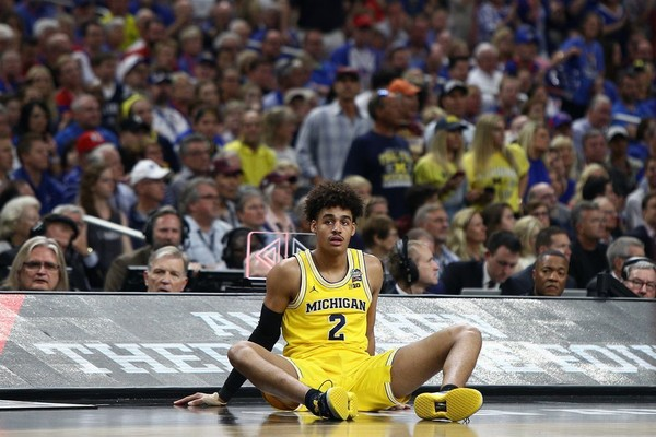 3494e855222 Jordan Poole caught up with Sister Jean after Michigan's win. (Mike  Mulholland | MLive