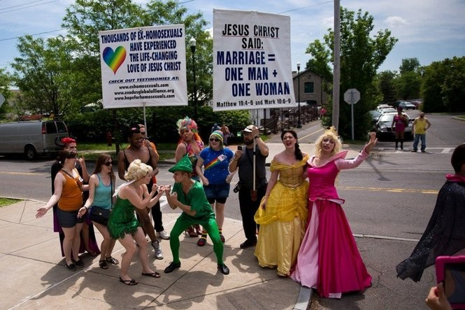 syracuse gay pride parade