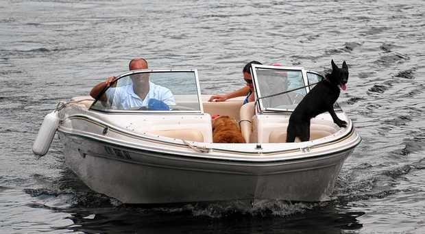 10 places to rent motor and pontoon boats in Upstate New York