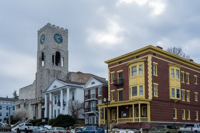 10 charming small towns in Upstate NY worth visiting for a day