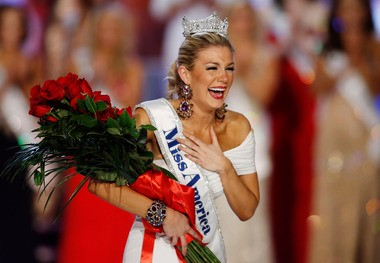 Miss New York Mallory Hytes Hagan reacts as she is crowned Miss America 2013 on Saturday, Jan. 12, 2013, in Las Vegas. (AP Photo/Isaac Brekken)