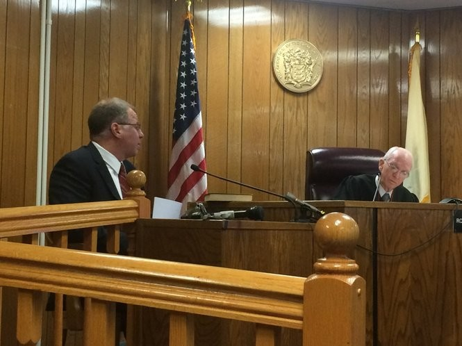 Judge Roy McGeady questions William Brennan during a probable cause hearingon Oct. 13, 2016. McGeady ruled that a complaint by Brennan charging Gov. Chris Christie with official misconduct could move forward. (Myles Ma | NJ Advance Media for NJ.com)