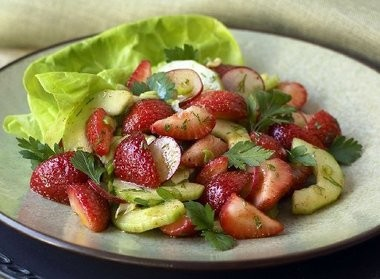 A spring salad of strawberries and radishes combine sweet and spicy flavors.
