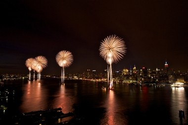 A total of 40,000 fireworks will blaze the sky over the Hudson River.