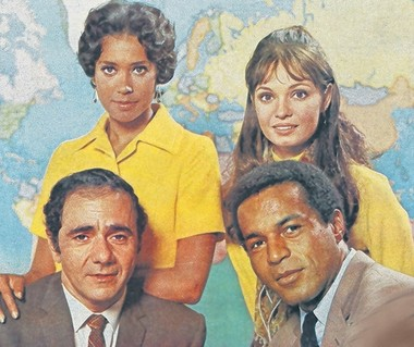 """""""We grew up together,"""" said Valentine of the """"Room 222"""" cast. Clockwise from top left: Denise Nicholas, Valentine, Lloyd Haynes and Michael Constantine."""