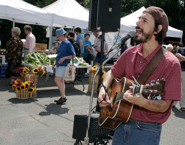 Singer-songwriter Spook Handy will deliver a tribute to the late Pete Seeger at the New Jersey Folk Festival, which marks its 40th anniversary this year.