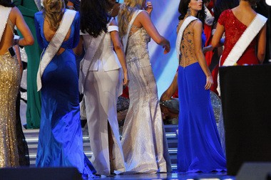 Contestants surround Miss Rhode Island, Ivy DePew, after she collapsed during the first day of the Miss America preliminaries. She later said pressure from a sinus infection caused her to lose consciousness. (Alex Remnick | New Jersey Advance Media for NJ.com)
