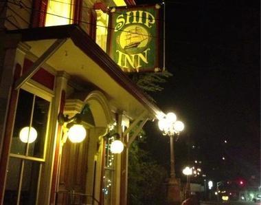 The Ship Inn in Milford beckons at night (The Ship Inn)