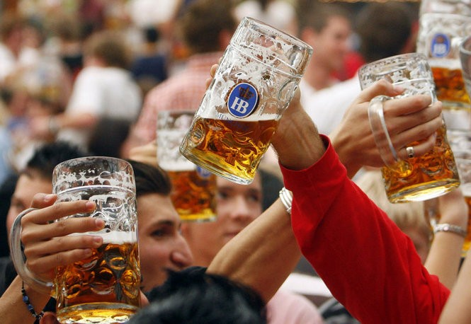 Oktoberfest in Munich. Celebrations of the beer-filled tradition abound in New Jersey this fall. (Timm Schamberger/Getty Images)