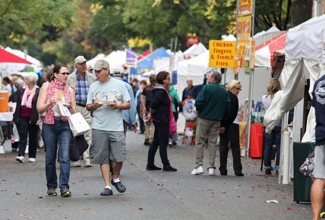 A scene from the Bordentown Cranberry Fest, which returns Oct. 3 and 4. (Mary Iuvone/For the Times of Trenton)