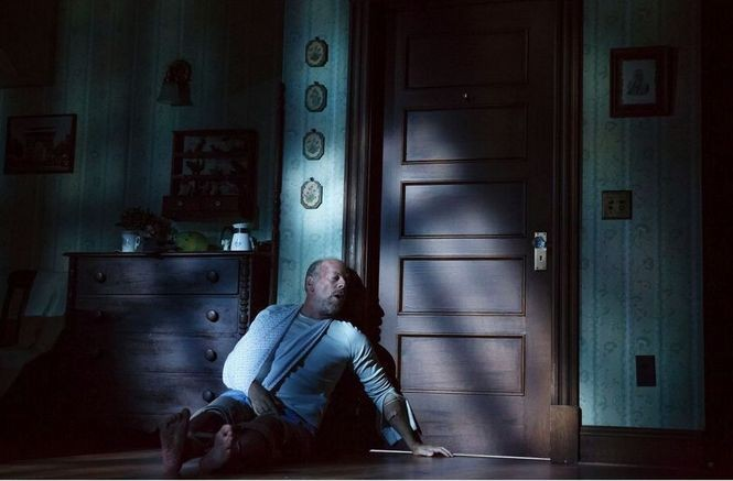 """Bruce Willis stars as writer Paul Sheldon in """"Misery,"""" the new stage version of the classic Stephen King-Rob Reiner film."""