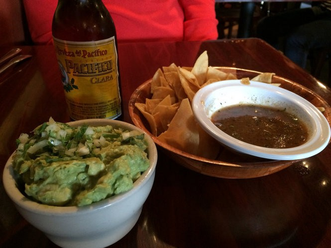 Guacamole and chips at Taqueria Downtown in Jersey City. March 18, 2016. (Bobby Olivier | NJ Advance Media for NJ.com)