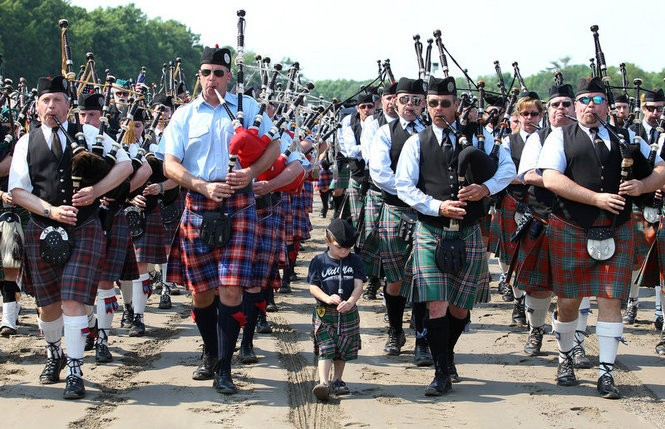 A bagpipe procession at the New Jersey Irish Festival at Monmouth Park. (Bill Denver/Equi-Photo)